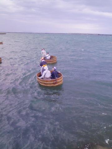 タライ船に乗りました